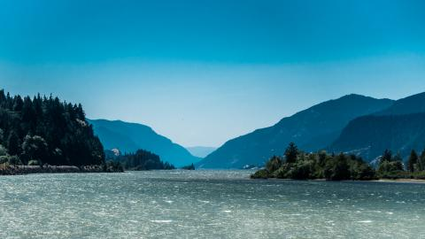 Staring down the gorge from Hood River beach