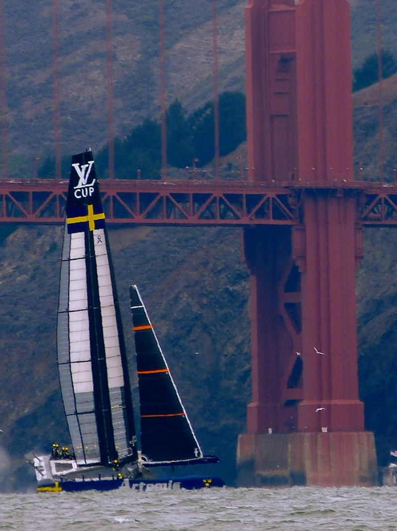Artemis practicing in Big Blue shortly before appearing in Louis Vuitton Cup