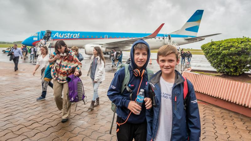Henry and Ryan land in Posadas, Aregentina
