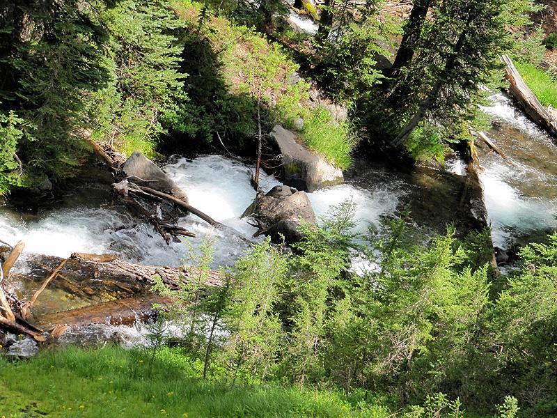 Green Lakes Hike - creek