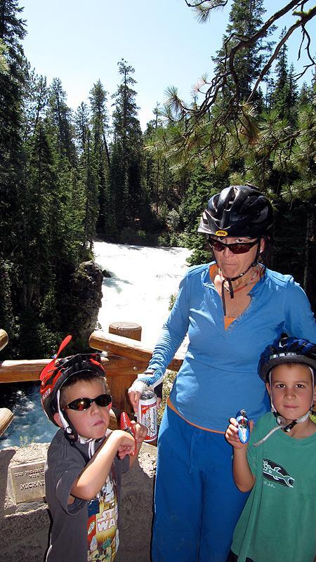 Mountain biking near Sunriver, Oregon.