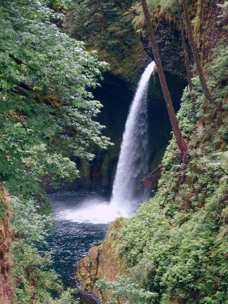 Lower Punchbowl Falls