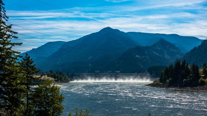 The Dam at Cascade Locks