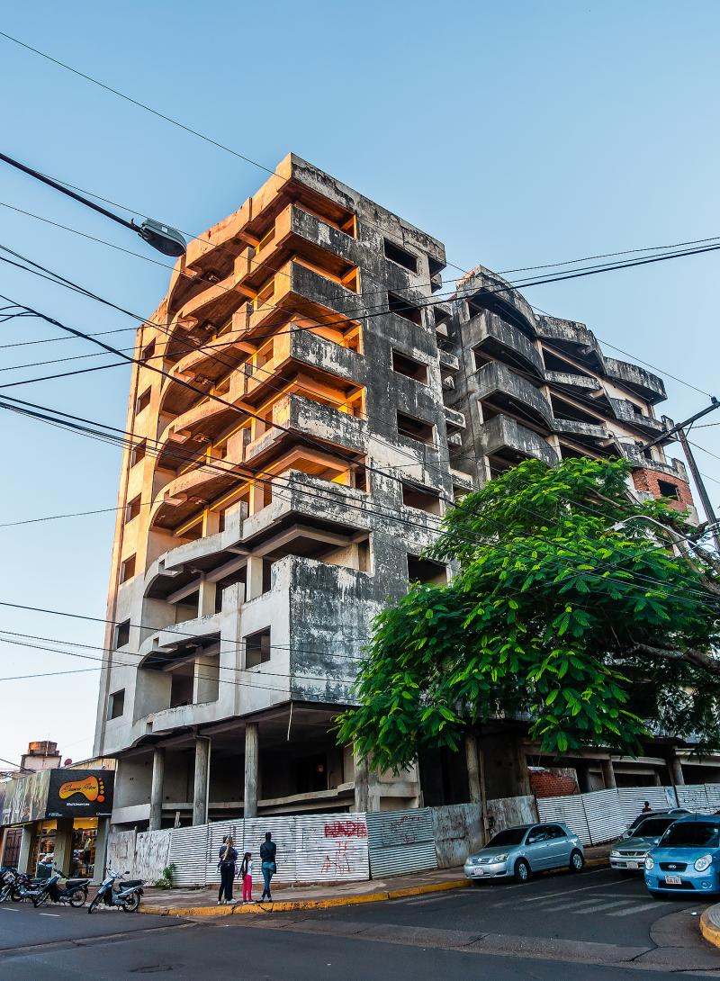So many of these long unfinished buildings in this region ie Encarnacion and Posadas.