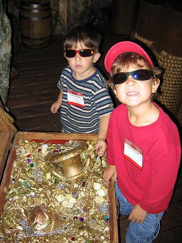 pirates treasure box